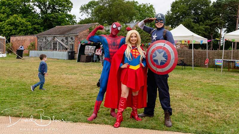 Superheroes Picnic - Superheroes